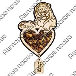 """Магнит с янтарем """"Тигр на сердце с подвесной деталью"""" с символикой Вашего города"""