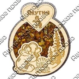 Магнит с янтарем Девушка у костра с бубном с символикой Якутии