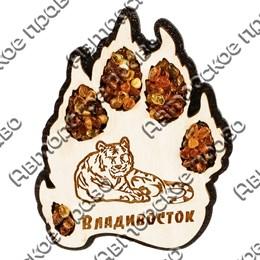 Магнит с янтарем Лапа тигра с символикой Владивостока