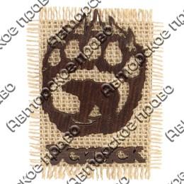 Магнит на мешковине Силуэт медведя в лапе с символикой Усинска