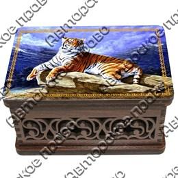 Шкатулка малая резная со смолой Тигр вид 1