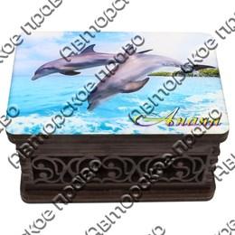 Шкатулка малая резная со смолой Дельфины вид 1 с символикой Вашего города